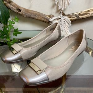 Anne Klein Sports flats shoes gold Rose size 10